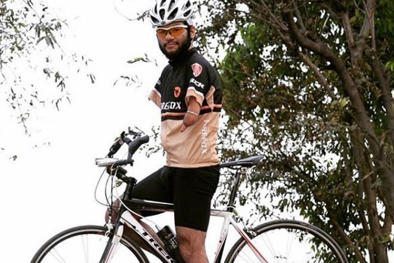 Mr. Jagwinder Singh seorang Para-Cyclist bersepeda dari Malaka ke Singapore sepanjang 270 km